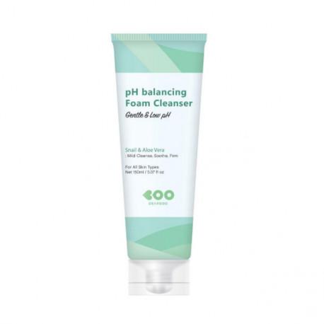 Dearboo pH-Balancing Foam Cleanser